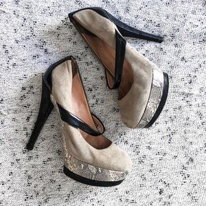 Jessica Simpson pumps size 8 NEW BOTTOM TIPS